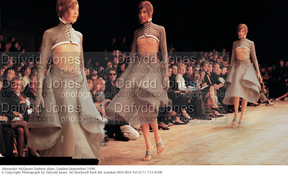 Alexander McQueen fashion show. London.September 1998.<br /> © Copyright Photograph by Dafydd Jones<br /> 66 Stockwell Park Rd. London SW9 0DA<br /> Tel 0171 733 0108