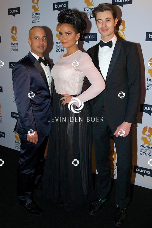 HILVERSUM - Een besloten feest van BUMA AWARDS 2014 in Studio 21 op het Mediapark. Met op de zwarte loper  Eva Simons. FOTO LEVIN DEN BOER - PERSFOTO.NU