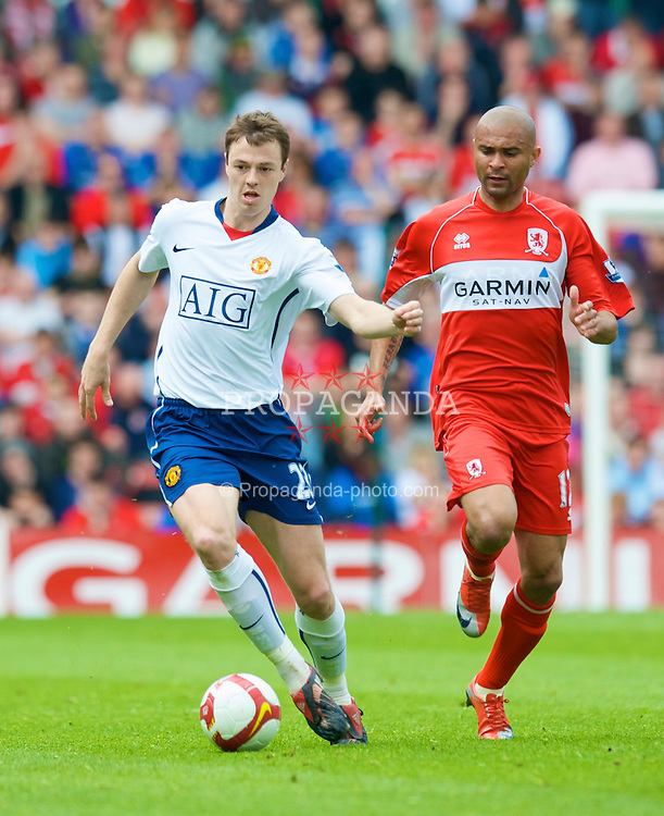 MIDDLESBROUGH, ENGLAND - Saturday, May 2, 2009: Manchester United's Jonny Evans in action against Middlesbrough during the Premiership match at the Riverside Stadium. (Pic by David Rawcliffe/Propaganda)