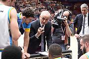 DESCRIZIONE : Milano BEKO Final Eigth  2016<br /> Vanoli Cremona - Dinamo Banco di Sardegna Sassari<br /> GIOCATORE : Cesare Pancotto<br /> CATEGORIA :  Allenatore Coach Time Out Mani<br /> SQUADRA : Vanoli Cremona<br /> EVENTO : BEKO Final Eight 2016<br /> GARA : Vanoli Cremona - Dinamo Banco di Sardegna Sassari<br /> DATA : 19/02/2016<br /> SPORT : Pallacanestro<br /> AUTORE : Agenzia Ciamillo-Castoria/M.Longo<br /> Galleria : Lega Basket A 2016<br /> Fotonotizia : Milano Final Eight  2015-16 Vanoli Cremona - Dinamo Banco di Sardegna Sassari<br /> Predefinita :