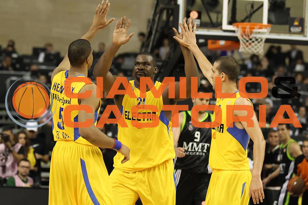 DESCRIZIONE : Barcellona Barcelona Eurolega Eurolegue 2010-11 Final Four Semifinale Semifinal Maccabi Elettra Tel Aviv Real Madrid<br /> GIOCATORE : Sofoklis Schortsanitis Richard Hendrix Tal Burstein<br /> SQUADRA : Maccabi Elettra Tel Aviv<br /> EVENTO : Eurolega 2010-2011<br /> GARA : Maccabi Elettra Tel Aviv Real Madrid<br /> DATA : 06/05/2011<br /> CATEGORIA : esultanza<br /> SPORT : Pallacanestro<br /> AUTORE : Agenzia Ciamillo-Castoria/ElioCastoria<br /> Galleria : Eurolega 2010-2011<br /> Fotonotizia : Barcellona Barcelona Eurolega Eurolegue 2010-11 Final Four Semifinale Semifinal Maccabi Elettra Tel Aviv Real Madrid<br /> Predefinita :