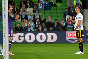 MELBOURNE, VIC - NOVEMBER 09: Melbourne City goalkeeper Eugene Galekovic (18) communicates with team mates to create a wall at the Hyundai A-League Round 4 soccer match between Melbourne City FC and Wellington Phoenix on November 09, 2018 at AAMI Park in Melbourne, Australia. (Photo by Speed Media/Icon Sportswire)