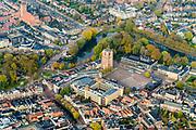 Nederland, Friesland, Leeuwarden, 04-11-2018; Leeuwarden (Ljouwert) Stadsgracht, Noordersingel, Boterhoek, Oldehoofsterkerkhof met Oldehove toren en Gemeentehuis. <br /> City centre Leeuwarden.<br /> <br /> luchtfoto (toeslag op standaard tarieven);<br /> aerial photo (additional fee required);<br /> copyright © foto/photo Siebe Swart