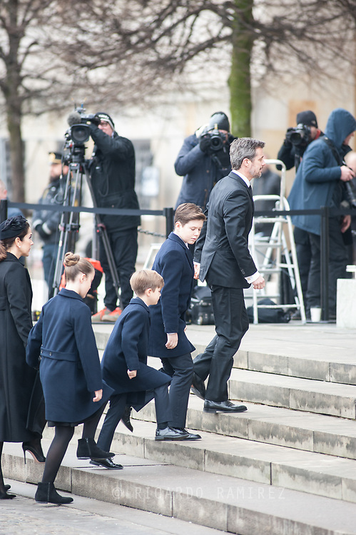 20.02.2018. Copenhagen, Denmark.  <br /> Crown Prince Frederik, Prince Christian, Prince Vincent,  Princess Isabella and Crown Princess Mary arrive to the Christiansborg Palace Church. <br /> Photo: Ricardo Ramirez.