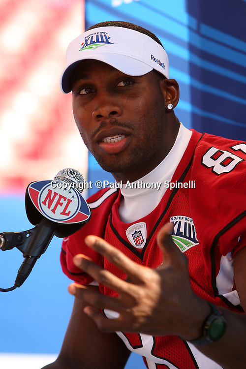 TAMPA, FL - JANUARY 27: Wide receiver Anquan Boldin #81 of the NFC Arizona Cardinals speaks to the media during Super Bowl XLIII Media Day at Raymond James Stadium on January 27, 2009 in Tampa, Florida. ©Paul Anthony Spinelli *** Local Caption *** Anquan Boldin