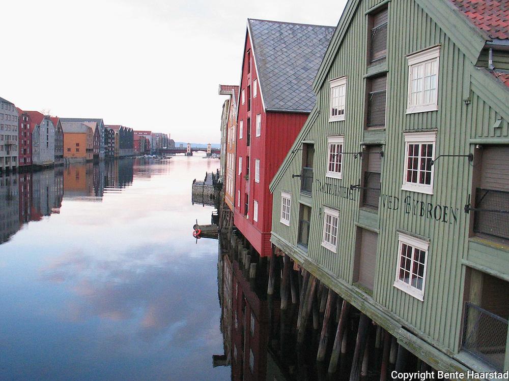 bryggene ved Nidelven, Trondheim