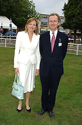 The EARL & COUNTESS OF WOOLTON at the King George VI and The Queen Elizabeth Diamond Stakes sponsored by De Beers held at Newbury Racecourse, Berkshie on 23rd July 2005.<br /><br />NON EXCLUSIVE - WORLD RIGHTS