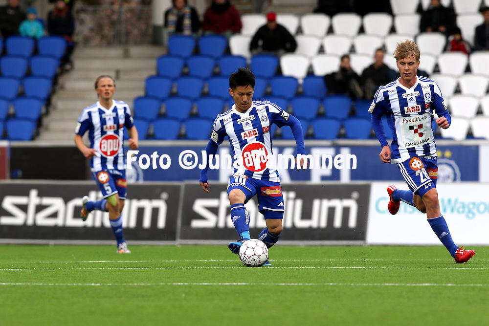 19.4.2015, Sonera stadion, Helsinki.<br /> Veikkausliiga 2015.<br /> Helsingin Jalkapalloklubi - FC Lahti..<br /> Atomu Tanaka &amp; Rasmus Sch&uuml;ller - HJK