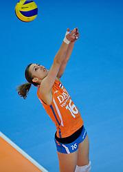 30-10-2011 VOLLEYBAL: NEDERLAND - BELGIE: ZWOLLE <br /> Nederland wint de tweede oefenwedstrijd met 3-2 van Belgie / Debby Stam<br /> ©2011-WWW.FOTOHOOGENDOORN.NL