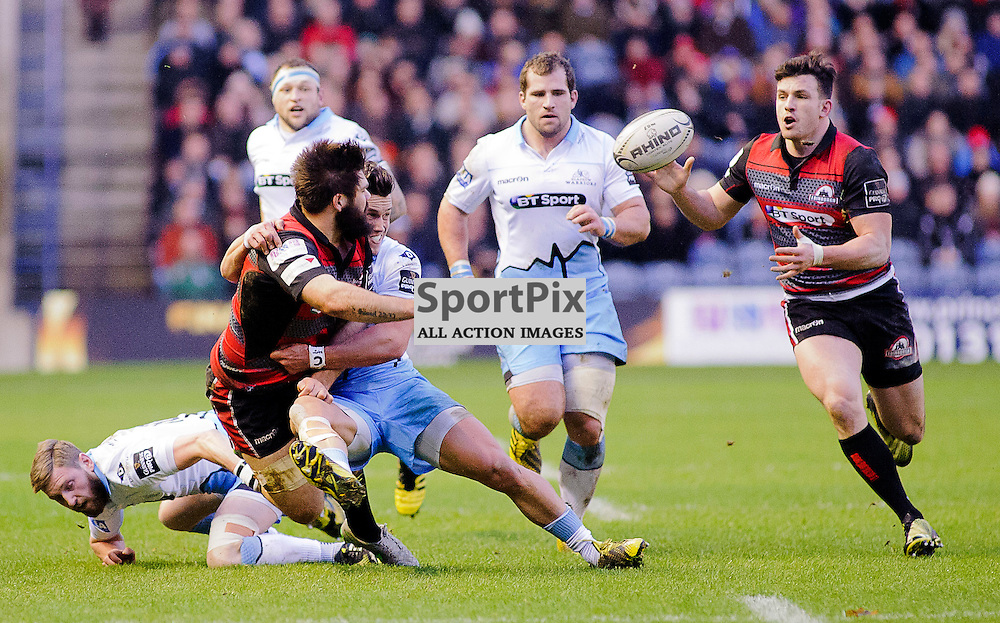 27/12/2015, Murrayfield, Scotland, Cornell Du PREEZ passes to Matt SCOTT to score a try during the Edinburgh Rugby v Glasgow Warriors Guinness PRO12 & 1872 Cup game, ......(c) COLIN LUNN | SportPix.org.uk