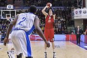 DESCRIZIONE : Eurocup 2015-2016 Last 32 Group N Dinamo Banco di Sardegna Sassari - Cai Zaragoza<br /> GIOCATORE : Henk Norel<br /> CATEGORIA : Tiro Tre Punti Three Point<br /> SQUADRA : Cai Zaragoza<br /> EVENTO : Eurocup 2015-2016<br /> GARA : Dinamo Banco di Sardegna Sassari - Cai Zaragoza<br /> DATA : 27/01/2016<br /> SPORT : Pallacanestro <br /> AUTORE : Agenzia Ciamillo-Castoria/L.Canu
