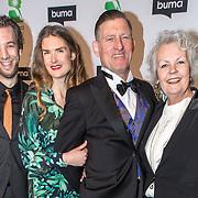 NLD/Amsterdam/20180305 - Uitreiking Buma Awards 2018, Huub van der Lubbe met zijn gezin