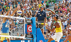 07.08.2011, Klagenfurt, Strandbad, AUT, Beachvolleyball World Tour Grand Slam 2011, im Bild Phil Dalhausser USA, Ricardo Santos Brazil, AUT. EXPA Pictures © 2011, PhotoCredit: EXPA/ Gert Steinthaler