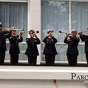 Opening Parc Spelderholt Beekbergen, Joop en Janine blazers marine korps, orkest, fanfare