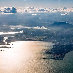 Aérea de Vitória (local) fotografado em Vitória, capital do estado do Espírito Santo -  Sudeste do Brasil. Registro feito em 2018.<br /> ⠀<br /> ⠀<br /> <br /> <br /> <br /> <br /> ENGLISH: Vitória from the air photographed in Vitória, capital of Espírito Santo state - Southeast of Brazil. Picture made in 2018.