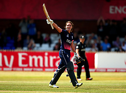Natalie Sciver of England Women celebrates reaching 100 against New Zealand Women - Mandatory by-line: Robbie Stephenson/JMP - 12/07/2017 - CRICKET - The County Ground Derby - Derby, United Kingdom - England v New Zealand - ICC Women's World Cup match 21