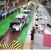 Stabilimento Fiat Mirafiori linea di montaggio e assemblaggio delle auto
