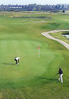 NIEUWVEEN - Golfclub Liemeer. De green van 9.  COPYRIGHT KOEN SUYK