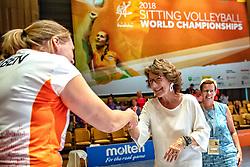 16-07-2018 NED: World Championship sitting volleyball women, Arnhem<br /> Netherlands - Rwanda 3-0 / Prinses Margriet feliciteert Oranje met de 3-0 overwinning