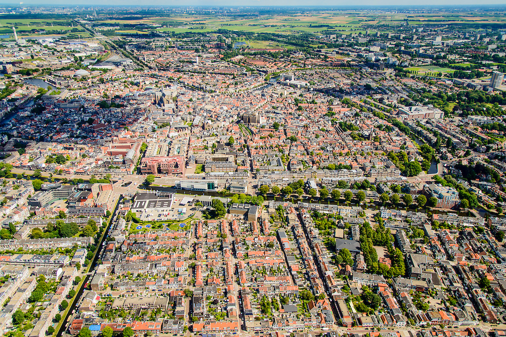 Nederland, Noord-Holland, Haarlem, 01-08-2016; overzicht binnenstad en centrum Haarlem, Leidsevaart en Leidsebuurt in de voorgrond.<br /> City centre Haarlem, overview.<br /> luchtfoto (toeslag op standard tarieven);<br /> aerial photo (additional fee required);<br /> copyright foto/photo Siebe Swart