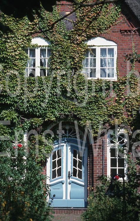 Deutschland, Germany,Schleswig-Holstein, Insel Sylt.Schleswig-Holstein, Insel Sylt.Westerland, altfriesisches Haus...Copyright by Ernst Wrba.www.ernstwrba.de.