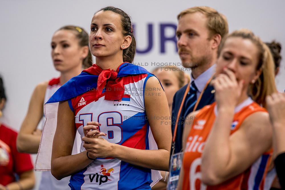 01-10-2017 AZE: Final CEV European Volleyball Nederland - Servie, Baku<br /> Nederland verliest opnieuw de finale op een EK. Servi&euml; was met 3-1 te sterk / Milena Rasic #16 of Servi&euml;