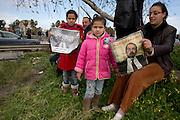impressionant hommage du peuple Tunisien à Chokri Belaid, plus de 40.000 personnes lui rendent un hommage ce 8 fevrier 2013 et manifestent au même moment contre la violence politique en Tunisie et contre Ennard
