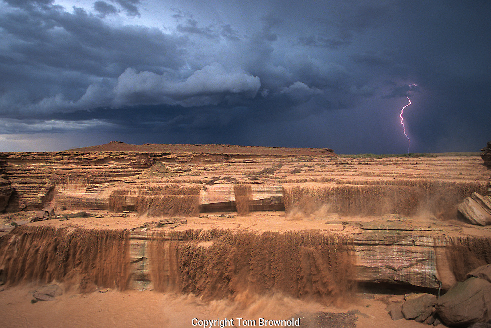 Flash flood monsoon rains over the Little Colorado River