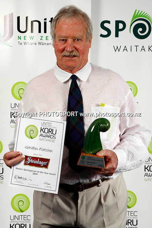 Masters sportsperson of the year, Gordon Fletcher, Unitec, Waitakere Sporting Excellence, Koru Awards. Genesis Lounge, Trusts Stadium, Waitakere City, Auckland, 27 November 2009. Photo: William Booth/PHOTOSPORT