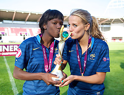 LLANELLI, WALES - Saturday, August 31, 2013: France's two goal-scorers Aminata Diallo and Sandie Toletti celebrate with the trophy after beating England 2-0 during the Final of the UEFA Women's Under-19 Championship Wales 2013 tournament at Parc y Scarlets. (Pic by David Rawcliffe/Propaganda)
