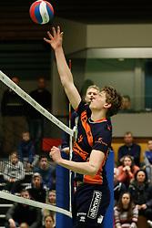 20170125 NED: Beker, Sliedrecht Sport - Seesing Personeel Orion: Sliedrecht<br />Twan Wiltenburg (9) of Seesing Personeel - Orion<br />©2017-FotoHoogendoorn.nl / Pim Waslander
