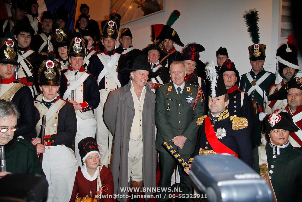 NLD/Amsterdam/20120306 - Premiere toneelstuk Napoleon op Sint-Helena, Groepsfoto met Huub Stapel en Generaal Peter van Uhm