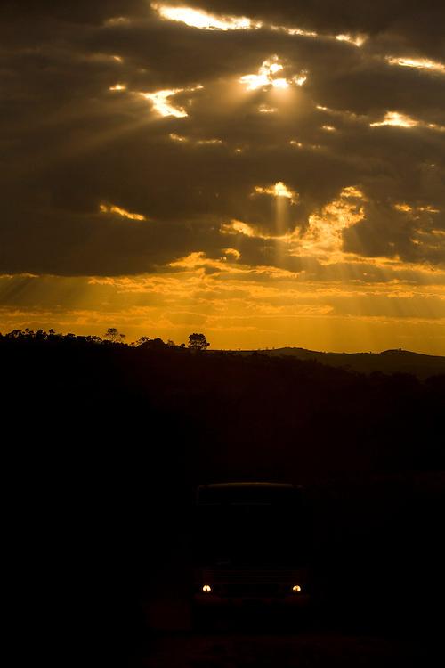 Jeceaba_MG, Brasil...Por do sol em Jeceaba...The sunset in Jeceaba...Foto: LEO DRUMOND / NITRO.