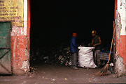 Municipality workers collecting the garbage in Delhi