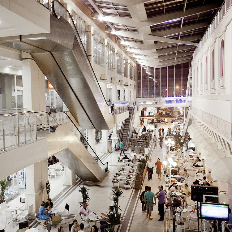 """Tirana - """"La Galleria"""", one of the malls in Tirana where you can go shopping, meet friends at the bar, find an Italian supermarket open 24/24 hours or attend salsa or tango classes."""