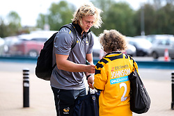 Tommy Taylor of Wasps signs autographs - Mandatory by-line: Robbie Stephenson/JMP - 12/10/2019 - RUGBY - Ricoh Arena - Coventry, England - Wasps v Worcester Warriors - Premiership Rugby Cup