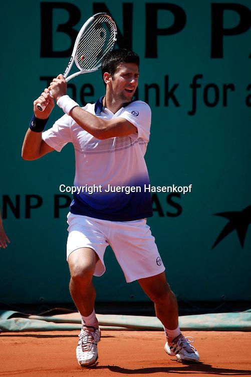 French Open 2010, Roland Garros, Paris, Frankreich,Sport, Tennis, ITF Grand Slam Tournament,..Novak Djokovic (SRB)..Foto: Juergen Hasenkopf..