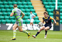 Alex Hearle of Worcester Warriors runs with the ball - Mandatory by-line: Robbie Stephenson/JMP - 29/07/2017 - RUGBY - Franklin's Gardens - Northampton, England - Worcester Warriors v Newcastle Falcons - Singha Premiership Rugby 7s