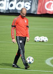 11.05.2015, Trainingsgel&auml;nde an der Sebener Strasse, Muenchen, GER, UEFA CL, FC Bayern Muenchen vs FC Barcelona, Halbfinale, R&uuml;ckspiel, Training FC Bayern Muenchen, im Bild vl. Pep Guardiola ( FC Bayern Muenchen ) // during a training session of FC Bayern Munich for the UEFA Champions League semi finals 2nd Leg match between FC Bayern Munich and FC Barcelona at the training Ground an der Sebener Strasse in Muenchen, Germany on 2015/05/11. EXPA Pictures &copy; 2015, PhotoCredit: EXPA/ Eibner-Pressefoto/ Vallejos<br /> <br /> *****ATTENTION - OUT of GER*****