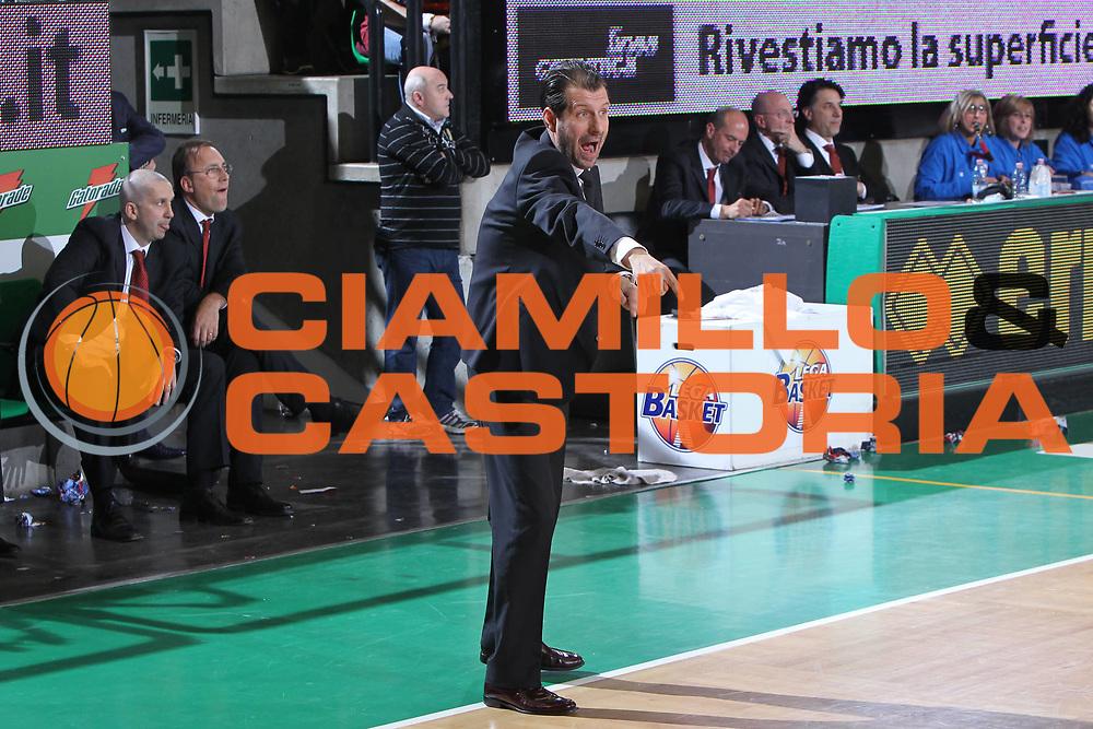DESCRIZIONE : Treviso Lega A 2011-12 Umana Reyer Venezia Canadian Solar Bologna<br /> GIOCATORE : andrea mazzon coach <br /> CATEGORIA :  ritratto<br /> SQUADRA : Umana Reyer Venezia Canadian Solar Bologna<br /> EVENTO : Campionato Lega A 2011-2012<br /> GARA : Umana Reyer Venezia Canadian Solar Bologna<br /> DATA : 09/04/2012<br /> SPORT : Pallacanestro<br /> AUTORE : Agenzia Ciamillo-Castoria/G.Contessa<br /> Galleria : Lega Basket A 2011-2012<br /> Fotonotizia :  Treviso Lega A 2011-12 Umana Reyer Venezia Canadian Solar Bologna<br /> Predefinita :