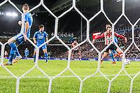 EINDHOVEN - PSV - AZ , Voetbal , Seizoen 2015/2016 , Eredivisie , Philips stadion , 29-11-2015 , PSV speler Luuk de Jong (r) schiet ook de 3-0 binnen