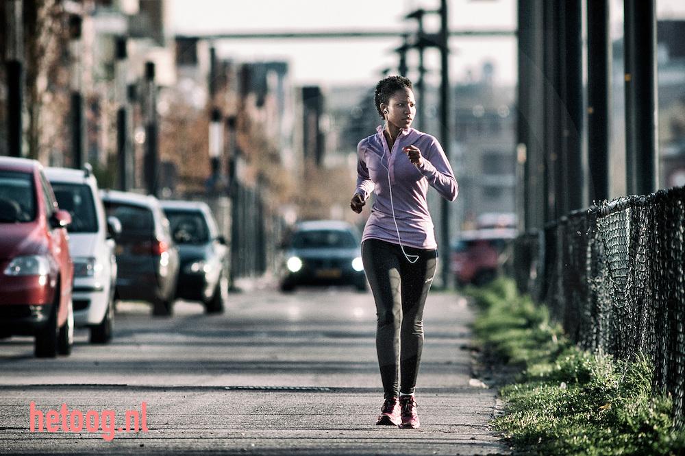 The Netherlands, Nederland 14april2015 hardlopen ter voorbereiding op de marathon van Enschede
