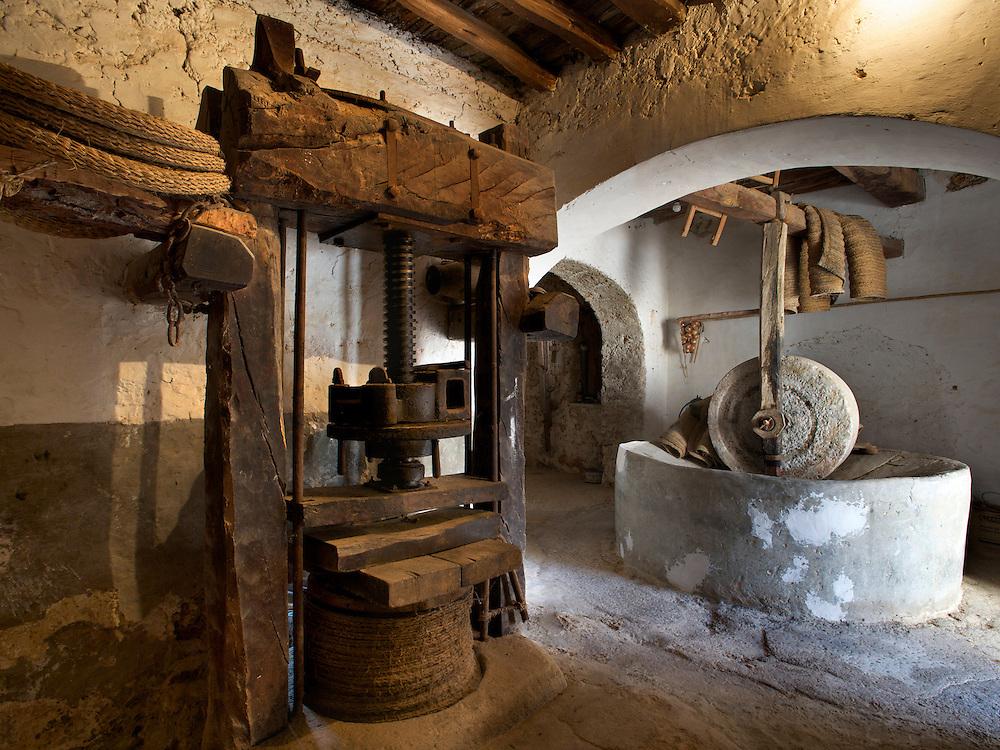 02/Octubre/2010 Ibiza.Prensa y noria de aceite en Can Miquelet.Coordenadas UTM: 361450 - 4318461 Zona 31S..©JOAN COSTA
