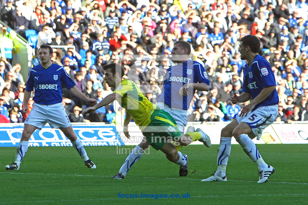 Cardiff - Saturday October 30th, 2010: Wes Hoolahan of Norwich heads his sides goal during the Npower Championship match at The Cardiff City Stadium, Cardiff. (Pic by Paul Chesterton/Focus Images)