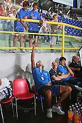 DESCRIZIONE : Cagliari Torneo Internazionale Sardegna a canestro Italia Inghilterra <br /> GIOCATORE : Tifosi Autografi Alessandro Cittadini <br /> SQUADRA : Nazionale Italia Uomini <br /> EVENTO : Raduno Collegiale Nazionale Maschile <br /> GARA : Italia Inghilterra Italy Great Britain <br /> DATA : 15/08/2008 <br /> CATEGORIA : <br /> SPORT : Pallacanestro <br /> AUTORE : Agenzia Ciamillo-Castoria/S.Silvestri <br /> Galleria : Fip Nazionali 2008 <br /> Fotonotizia : Cagliari Torneo Internazionale Sardegna a canestro Italia Inghilterra <br /> Predefinita :