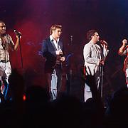 NLD/Rotterdam/20040410 - TMF awards 2004, Bleu, Simon Webbe, Duncan, Anthony, Lee