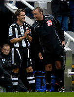 Photo: Jed Wee/Sportsbeat Images.<br /> Newcastle United v Aston Villa. The FA Barclays Premiership. 18/08/2007.<br /> <br /> Newcastle's Michael Owen (L) prepares to return from injury as he waits with the fourth official.