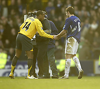 Photo: Aidan Ellis.<br /> Everton v Arsenal. The Barclays Premiership. 21/01/2006.<br /> Arsenal's Thierry Henry shakes hands with Everton goal scorer James Beattie at the end.