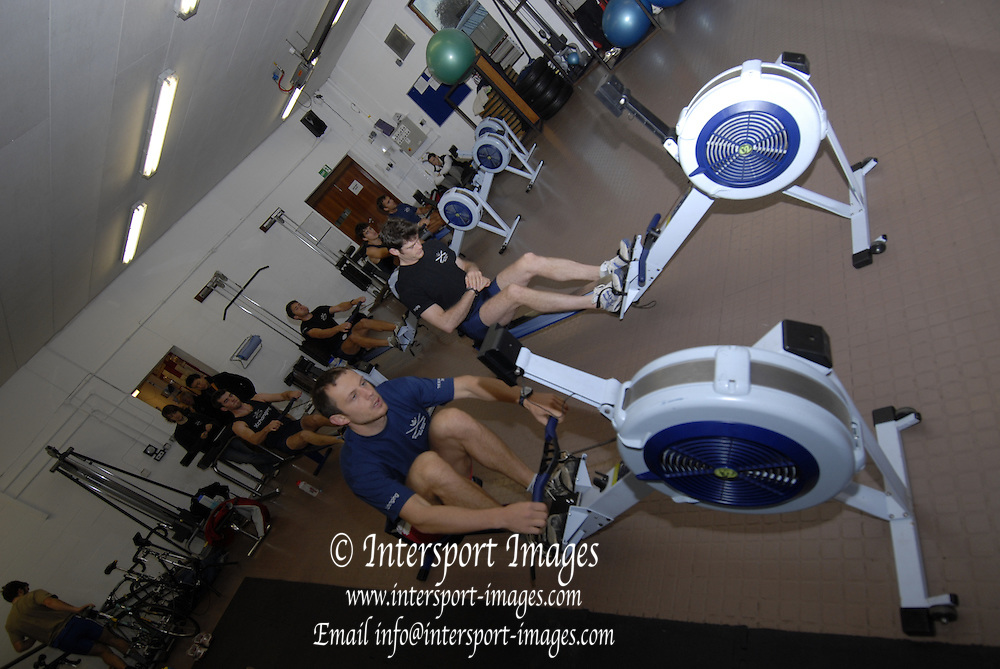 Oxford, GREAT BRITAIN, left. Michal PLOTKOWIAK, Oxford University Boat Club, OUBC, squad, ergo training at, Iffley Road training centre, ENGLAND, 15/11/2006[Photo, Peter Spurrier/Intersport-images]..... Varsity:Boat Race