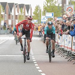 04-05-2019: Wielrennen: Ronde van Overijssel: Rijssen<br />Niels Eekhof wint de 67e ronde van Overijssel voor Martijn Budding en Piotr Havik